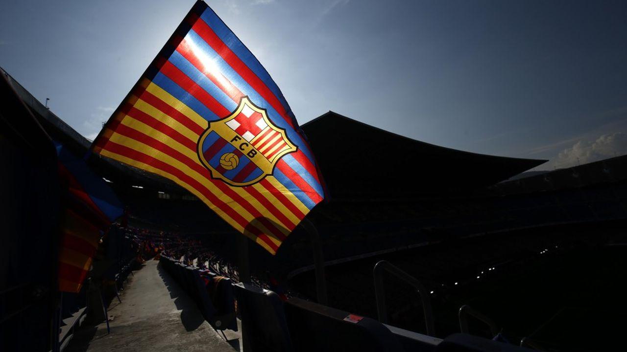La crise sanitaire frappe de plein fouet le club, qui tablait sur une année historique, avec 1,047milliard d'euros de recettes.