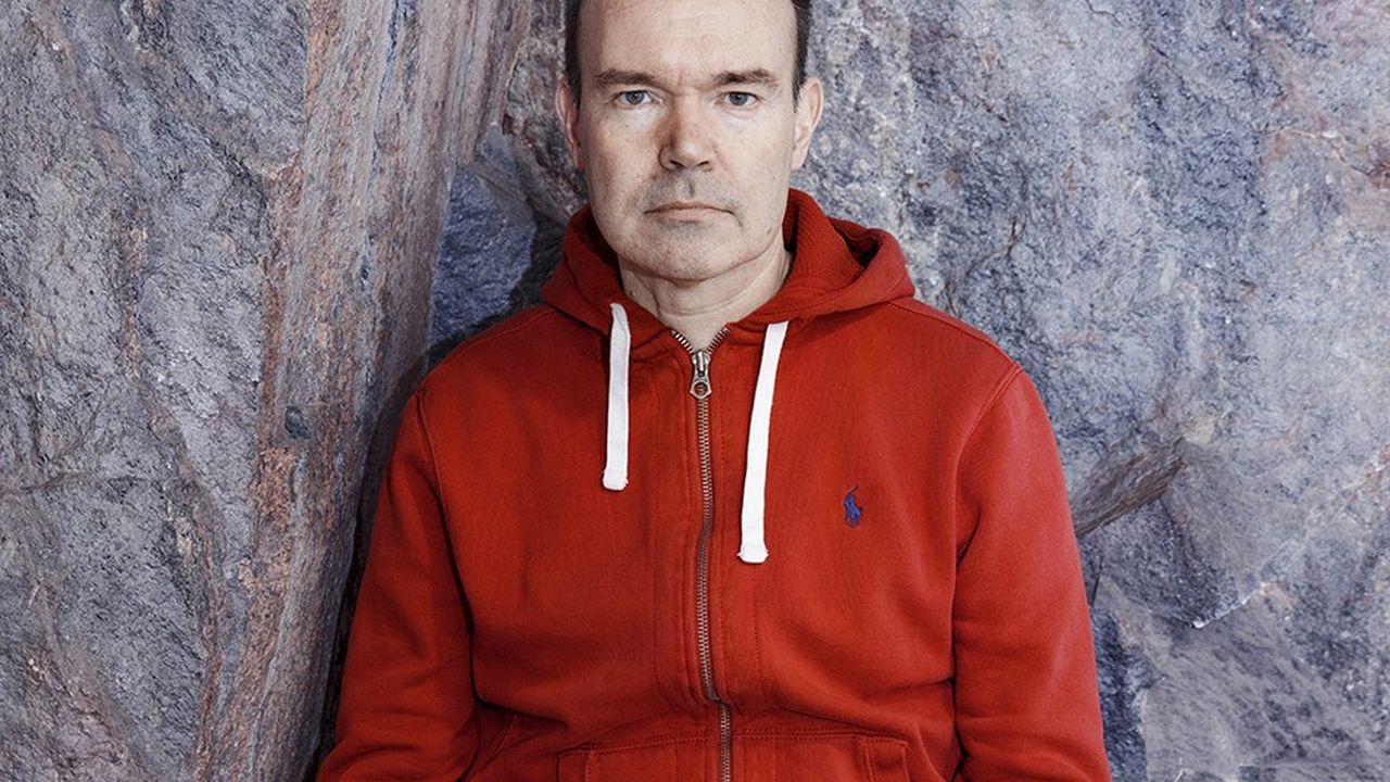 Peter Vesterbacka, avec son éternel sweat-shirt à capuche rouge, photographié à Helsinki le 28 janvier.