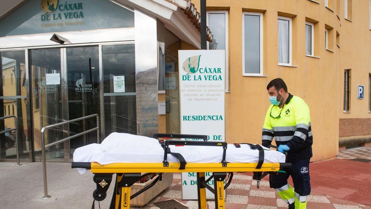 Jusqu'à ce jour, un quart des personnes décédées à la suite d'une infection au covid 19 étaient des résidents de maison de retraite.