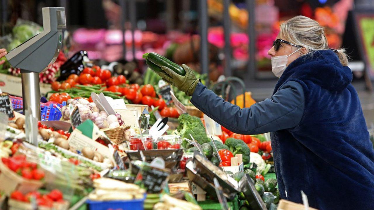 Les professionnels de l'alimentation ont eu gain de cause. Le gouvernement est revenu sur la décision prise mardi de fermer les marchés alimentaires ouverts.