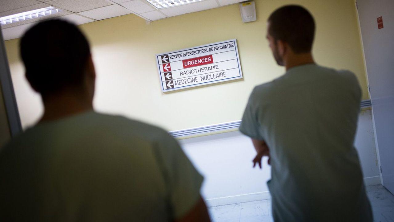 Les hôpitaux à rude épreuve
