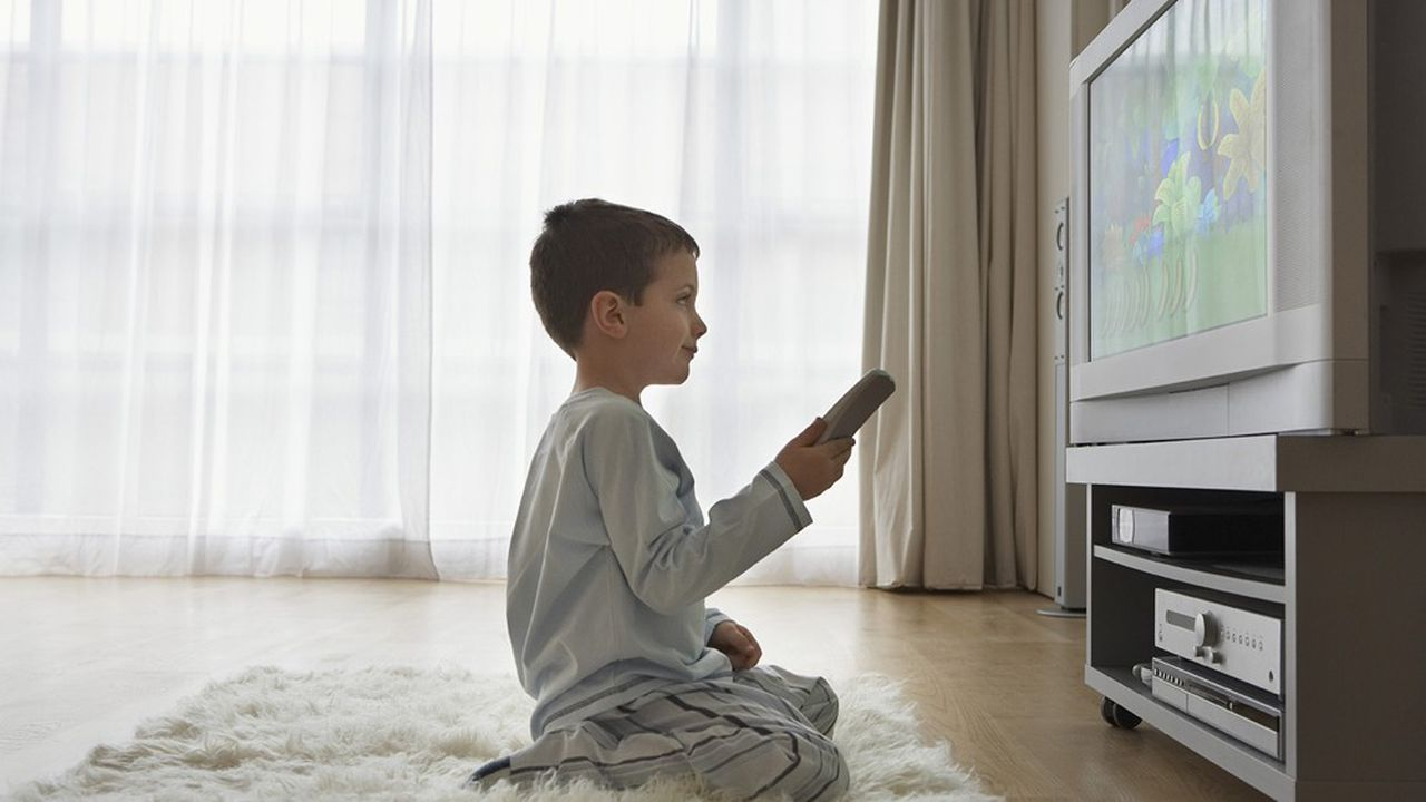 La consommation de télévision a bondi depuis l'instauration du confinement