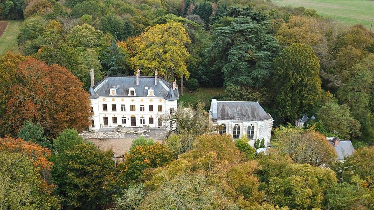 Château du 19e siècle à 1h30 de Paris