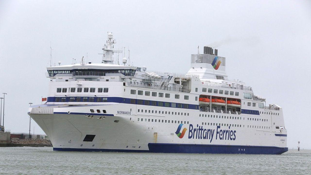 La compagnie de transport de marchandises et de passagers Brittany Ferries ne maintient que le fret.