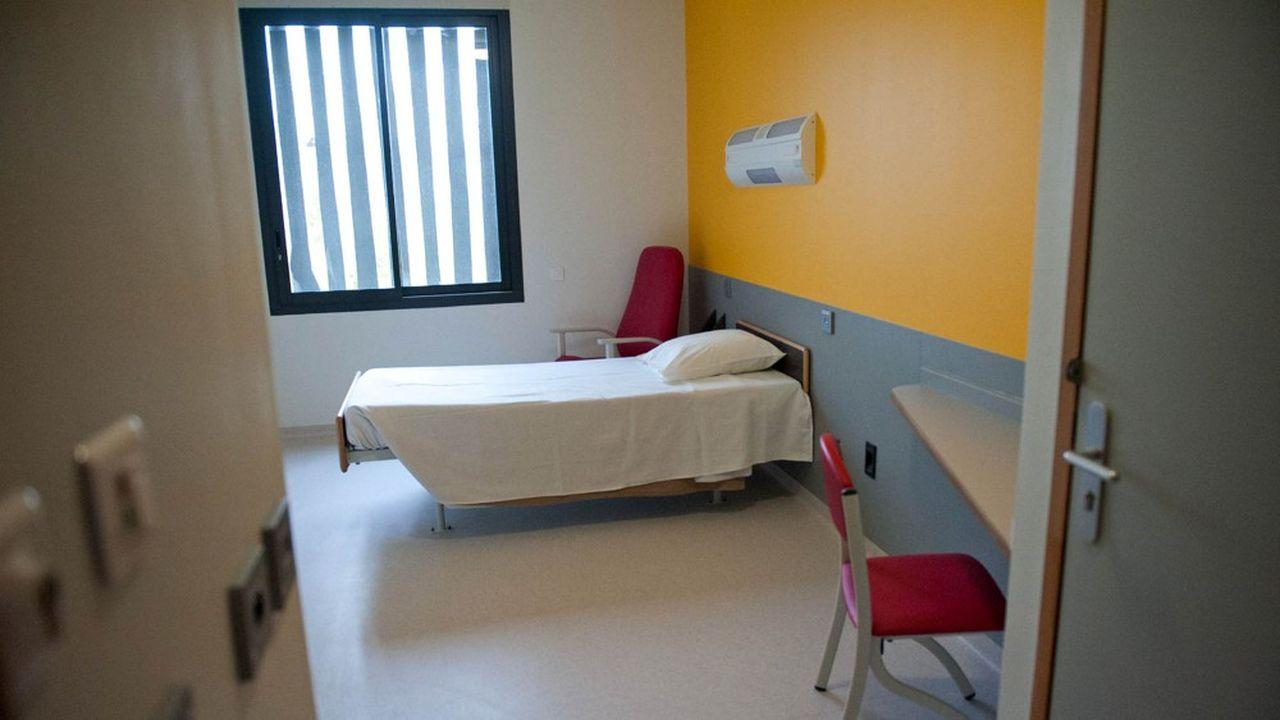 Chambres dans la nouvelle unité hospitalière spécialement aménagée (UHSA) de Toulouse destinée à accueillir des détenus souffrant de troubles psychiatriques.