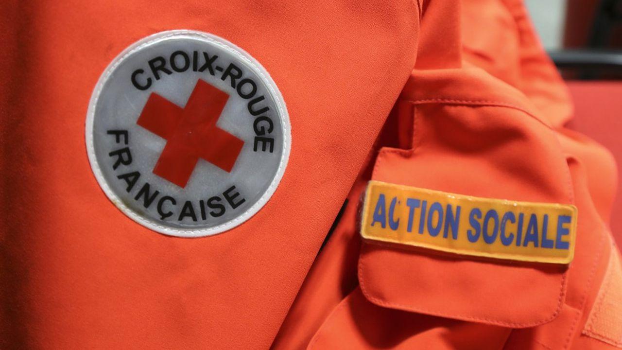 Depuis le 1eravril, la distribution concerne des antennes de la Croix-Rouge et du Secours populaire, ainsi qu'Amélior, l'Amical du Nid, Banlieue Santé et Hôtel Social 93.
