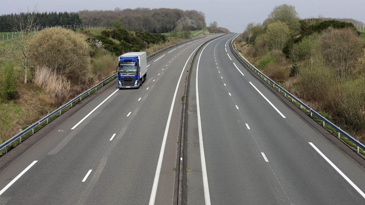 L'autoroute A28 vide ou avec quelques camions, ici dans l'Orne en mars2020.//SICCOLIPATRICK_1.901/2003230913