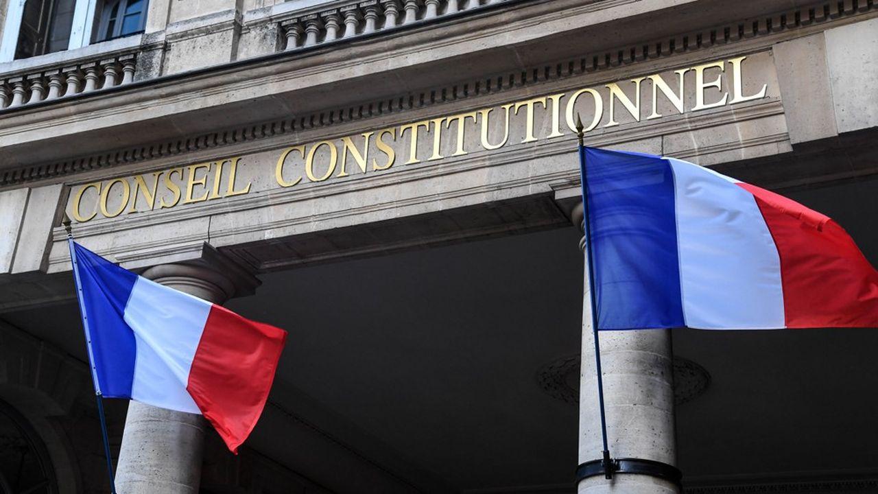 Le Conseil constitutionnel met en avant le «droit d'accès aux documents administratifs» qui impose de dévoiler les critères utilisés pour sélectionner les candidats.