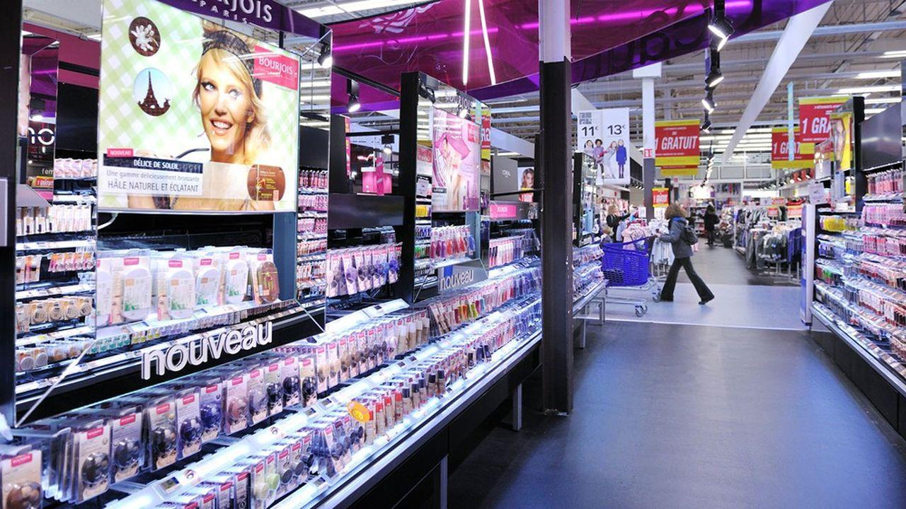 Selon le panéliste Iri, les ventes de maquillage ont baissé de 75% sur la semaine du 29mars.