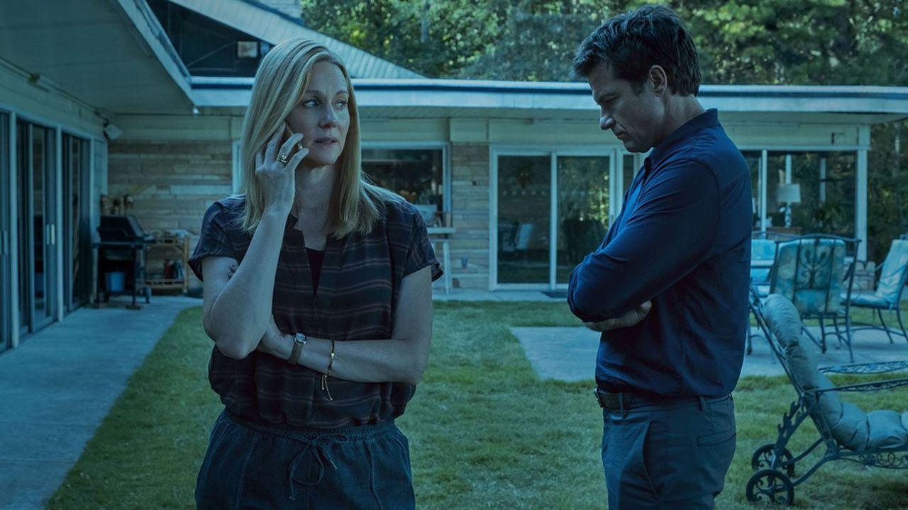 Laura Linney et Jason Bateman dans 'Ozark', une série Netflix.