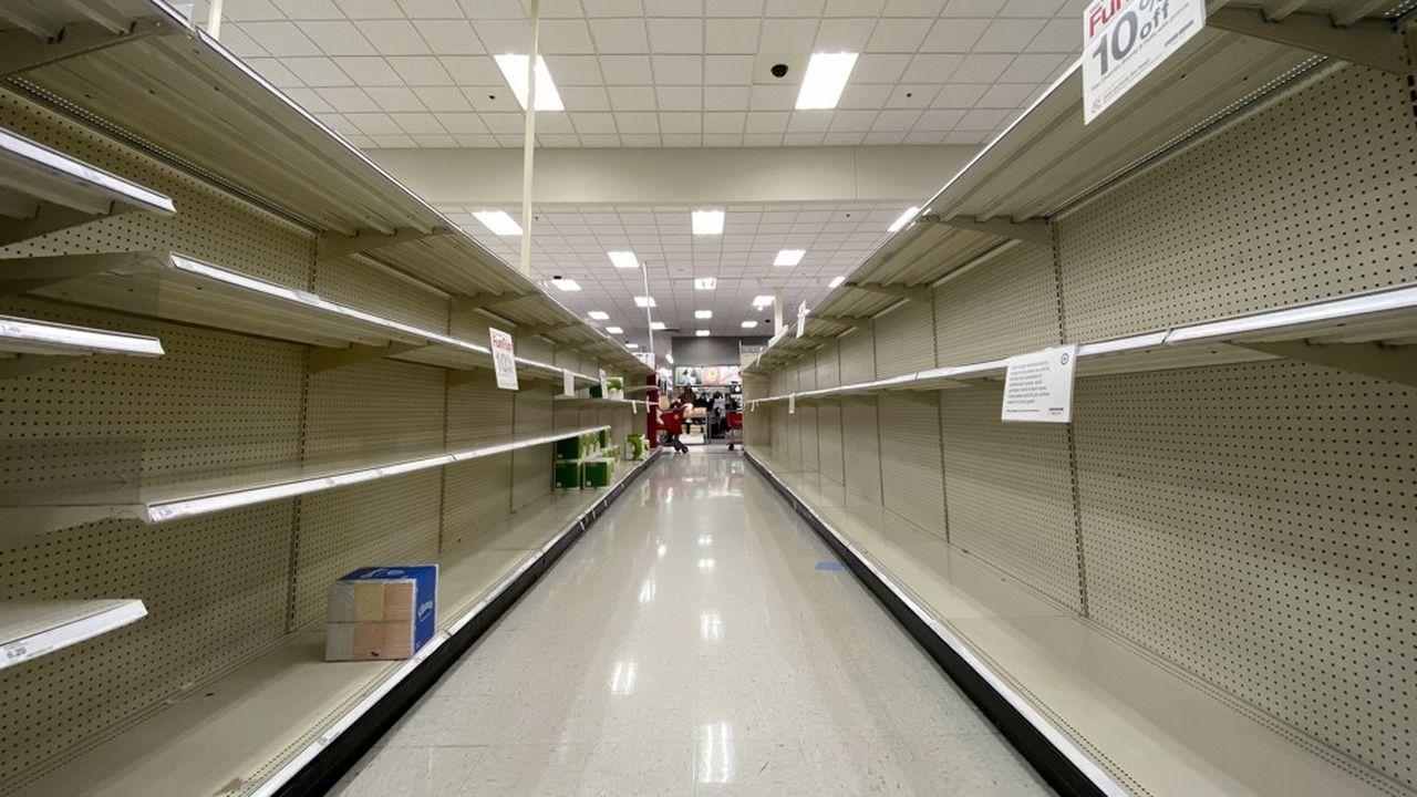 En quinze jours, 150.000 ramettes de papier ont été vendues dans les enseignes Auchan de l'Hexagone.