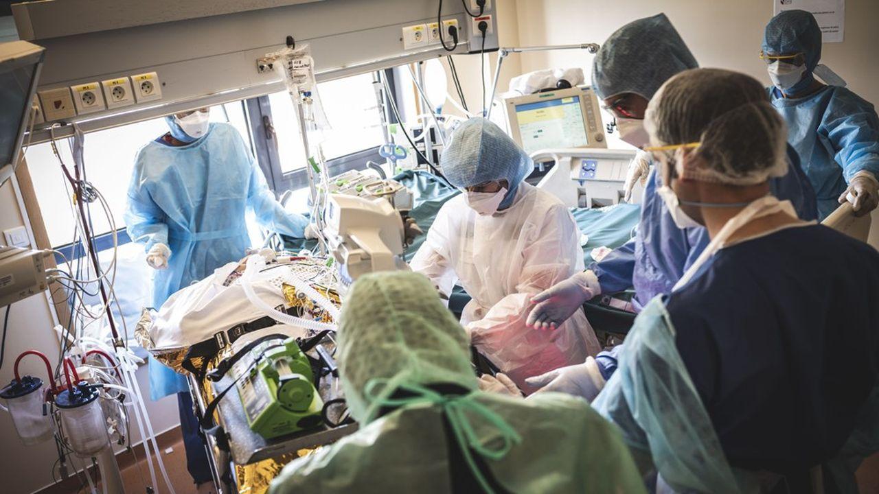 Coronavirus : l'épidémie décélère, les entrées en réanimation se poursuivent