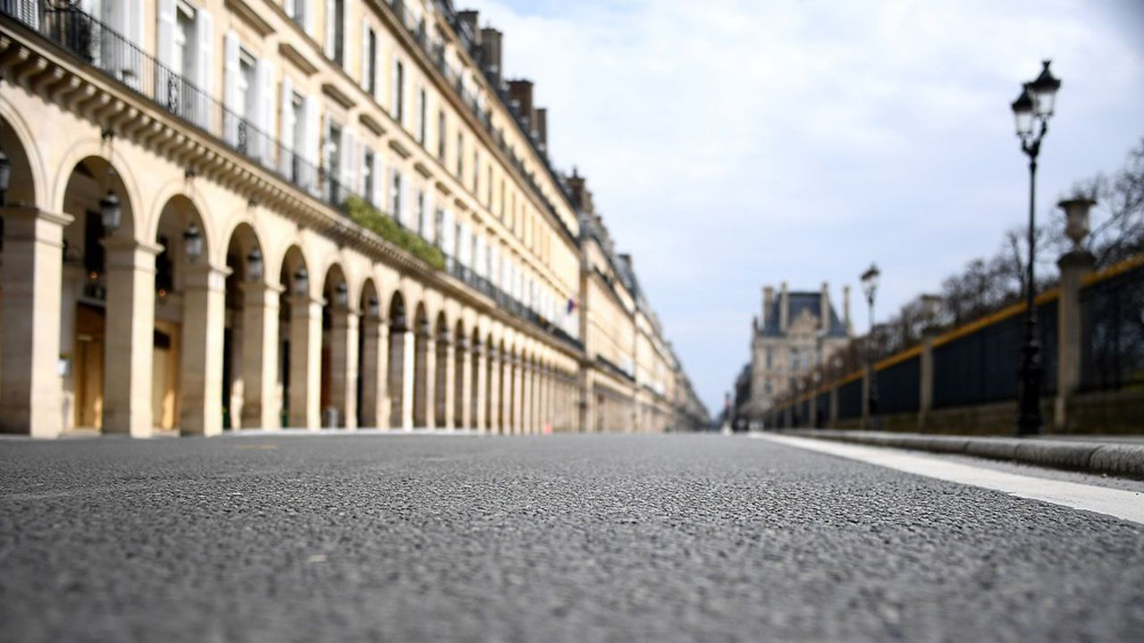 Unà un, les opérateurs ont annoncé en mars qu'ils retiraient leurs engins des trottoirs parisiens, en attendant la fin des mesures de confinement. Une mesure qu'ils ont dû étendre à la quasi-totalité des villes où ils opèrent, en Europe et aux Etats-Unis.