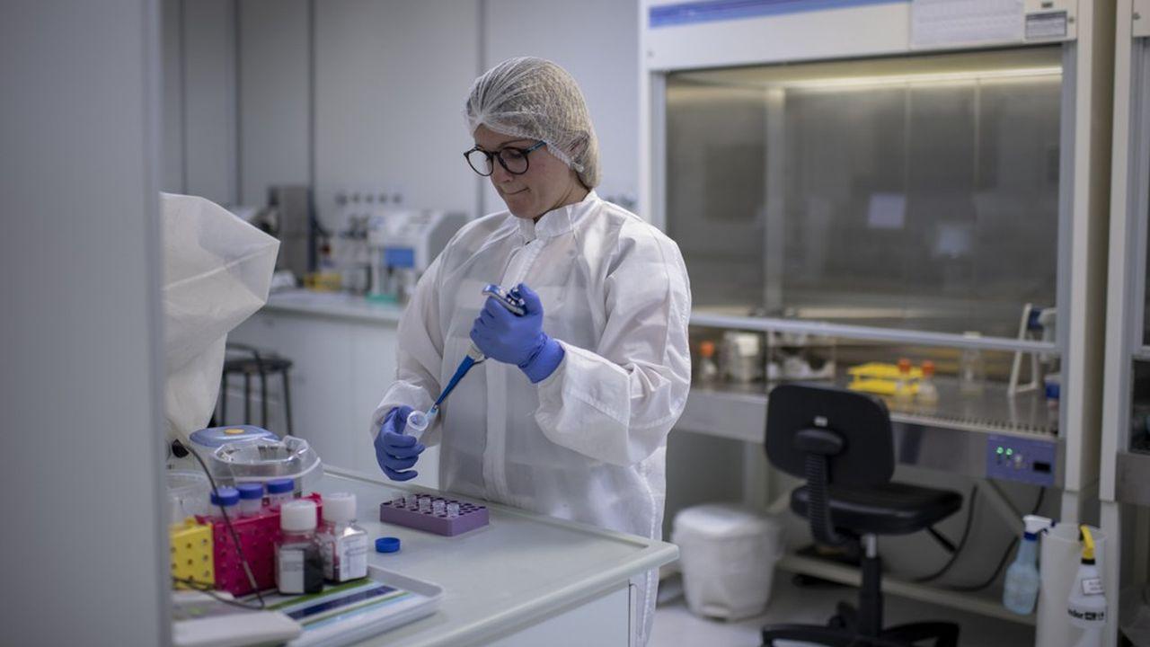 Biosynex, basée dans le Bas-Rhin, est l'une des rares entreprises françaises en mesure de fournir ces tests sérologiques de détection des anti-corps contre le Covid-19.