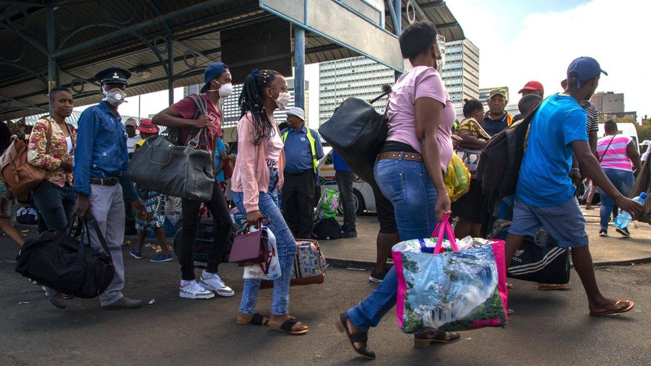 Les migrants fuient les zones d'Asie et d'Afrique où le confinement est imposé.