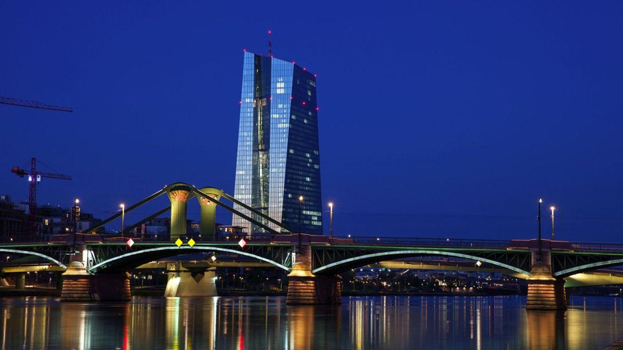La Banque centrale européenne, à Francfort, veille à la rentabilité des banques de la zone euro.