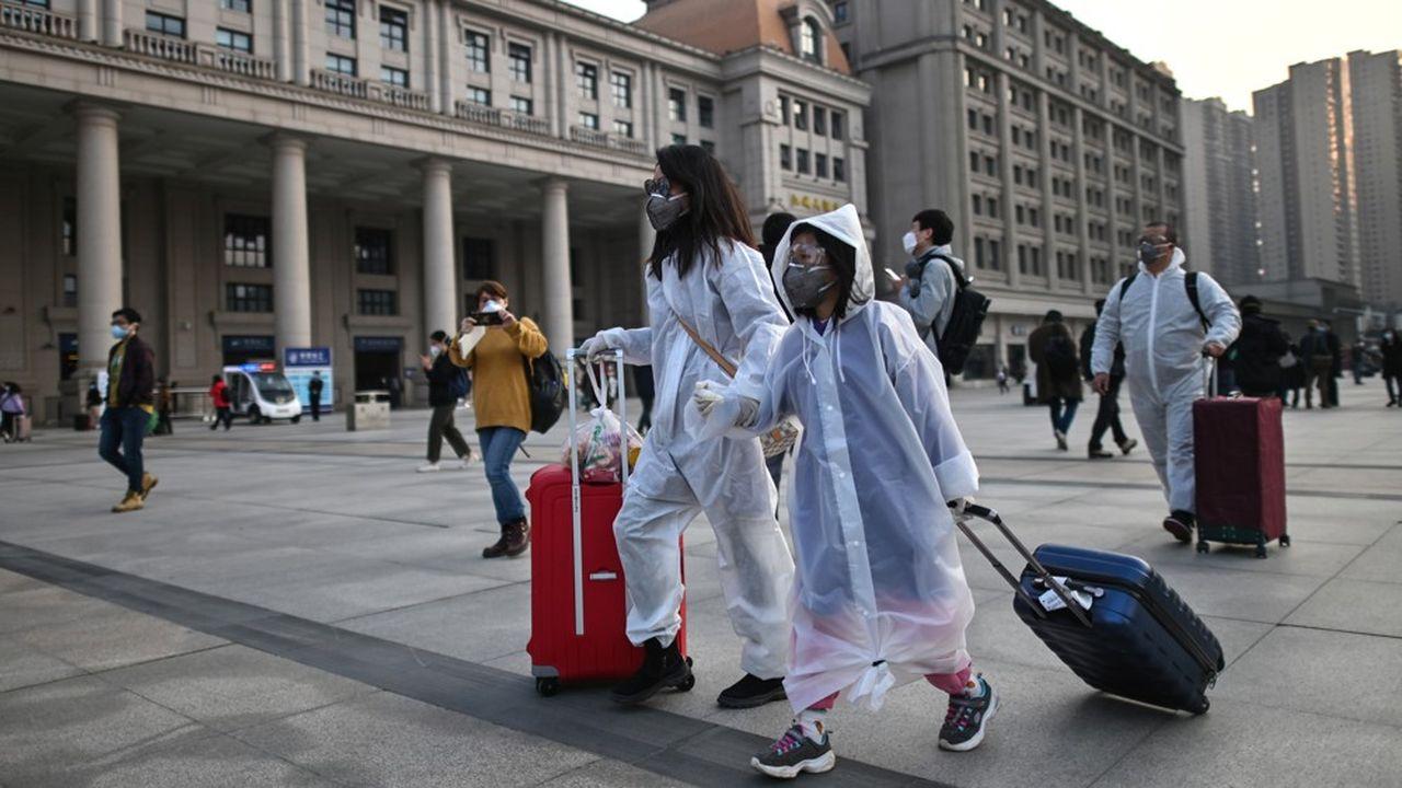Les ventes de billets indiquaient que 55.000 personnes devaient embarquer dans la journée dans des trains au départ de Wuhan.
