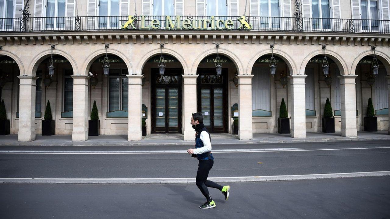Depuis mercredi les parisiens ont interdiction de pratiquer une activité sportive entre 10heures et 19heures.