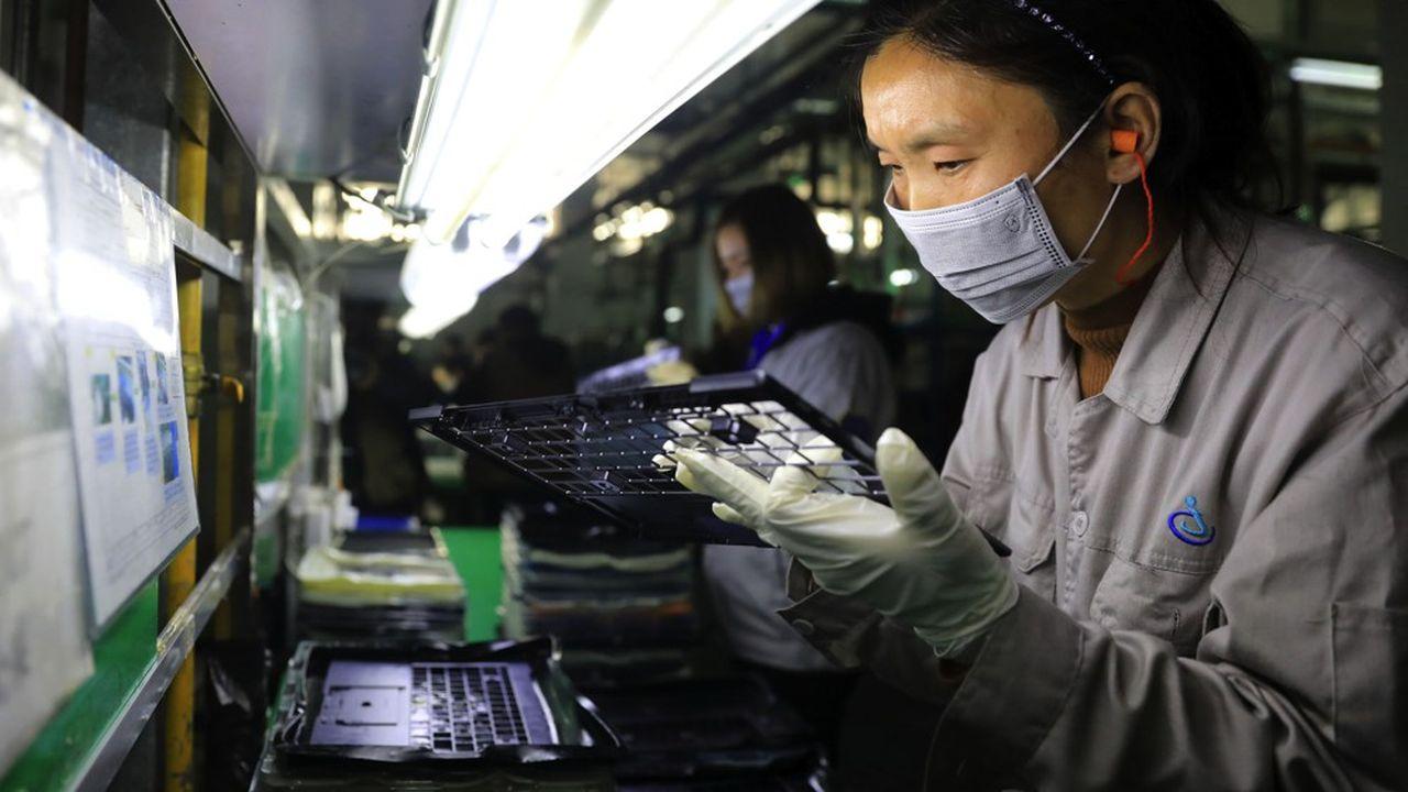 Principale victime de l'arrêt des usines chinoises au début de l'épidémie, la tech mondiale doit s'attendre à voir les dépenses informatiques baisser de 2,7% en2020, d'après IDC.