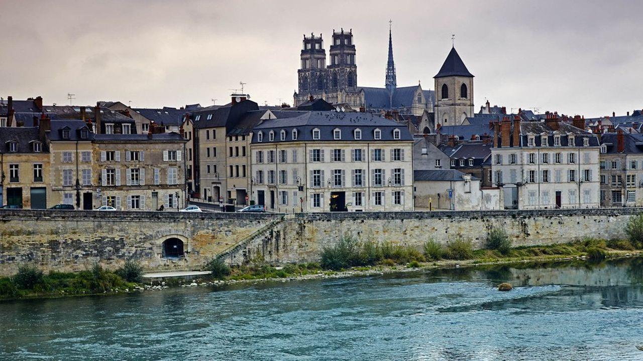 A Orleans, le prix du mètre carré est de seulement 2.033 euros le mètre carré.