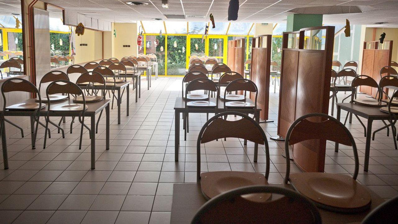 Les familles qui bénéficiaient d'un tarif de cantine de 0,13 euro/repas recevront 150euros.