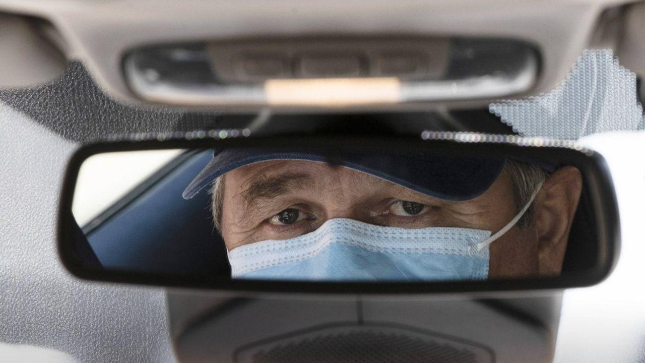 Uber a décidé de s'approvisionner «en dehors du circuit traditionnel des équipements de santé» pour fournir des masques de protection chirurgicaux.