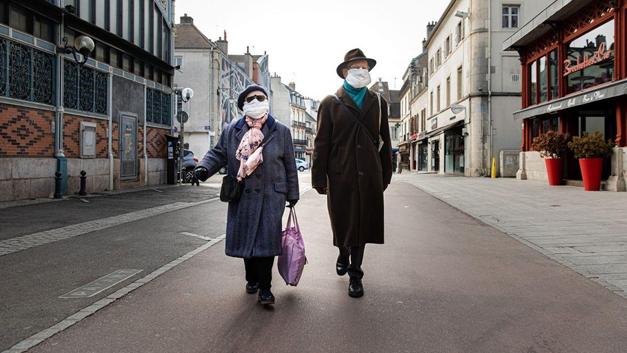 L'édile souhaitait rendre obligatoire la couverture du nez et du visage, lors de tous déplacements à l'extérieur.