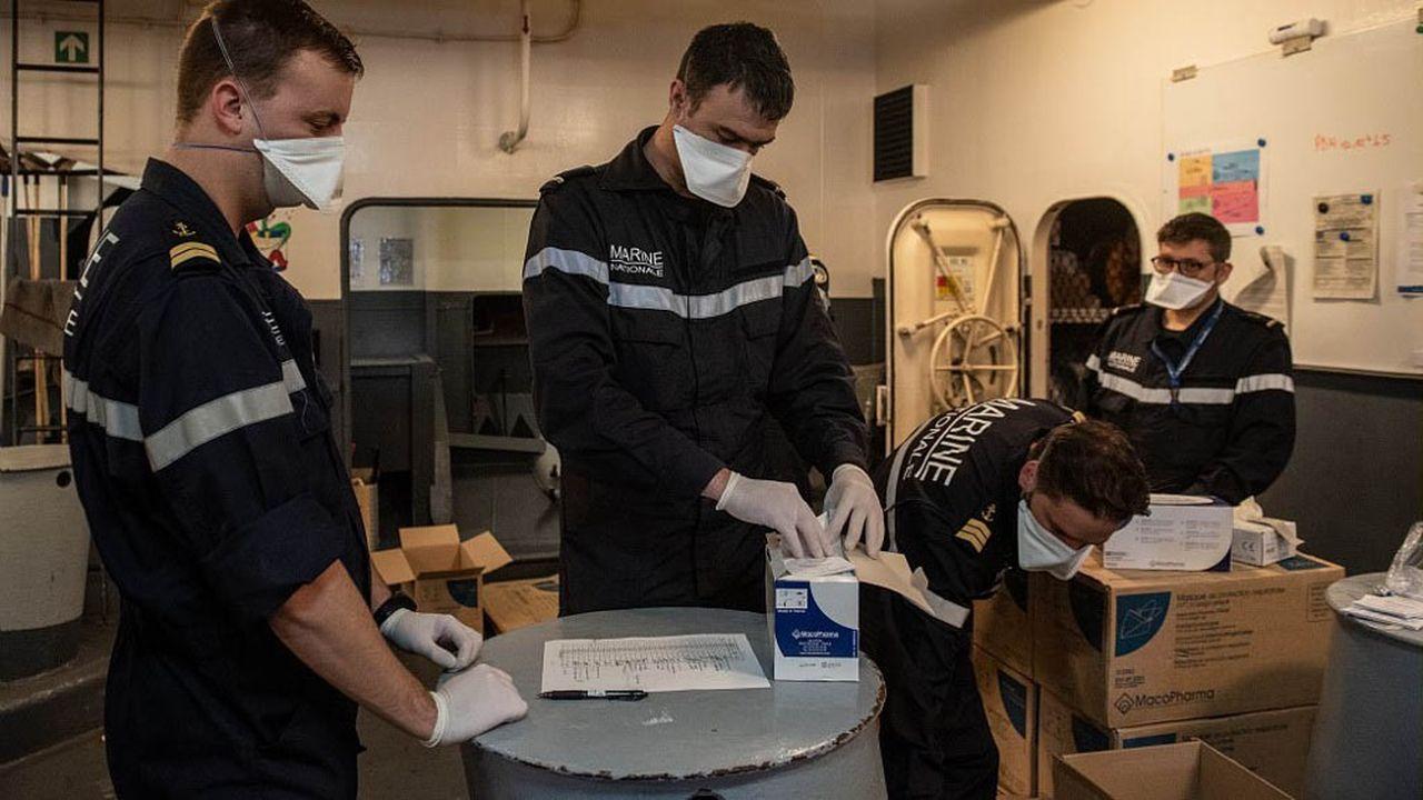 Une cinquantaine de marins sont porteurs du nouveau coronavirus sur le porte-avions Charles de Gaulle.