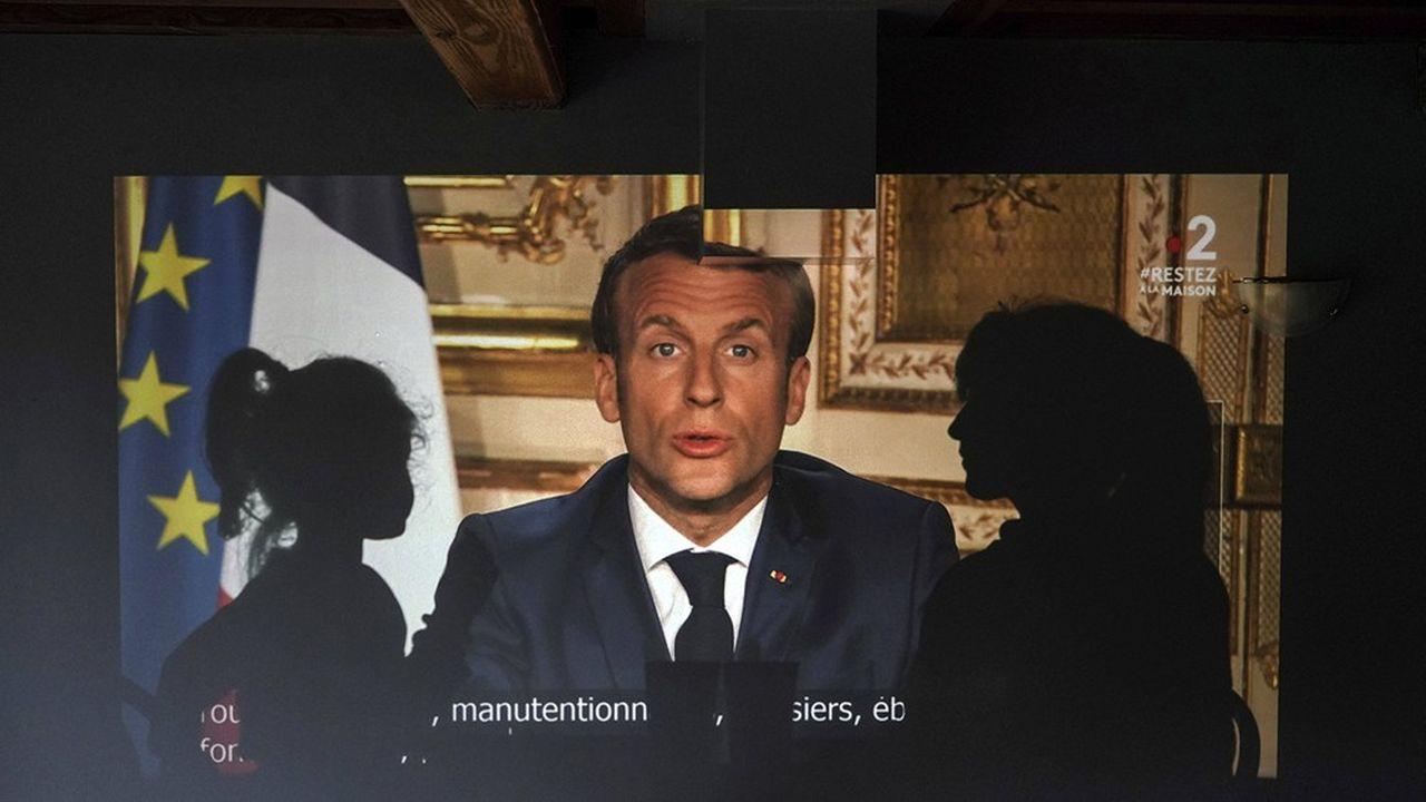 Après son intervention de lundi soir, Emmanuel Macron a réussi à inverser la courbe de la défiance dans la gestion de l'épidémie.