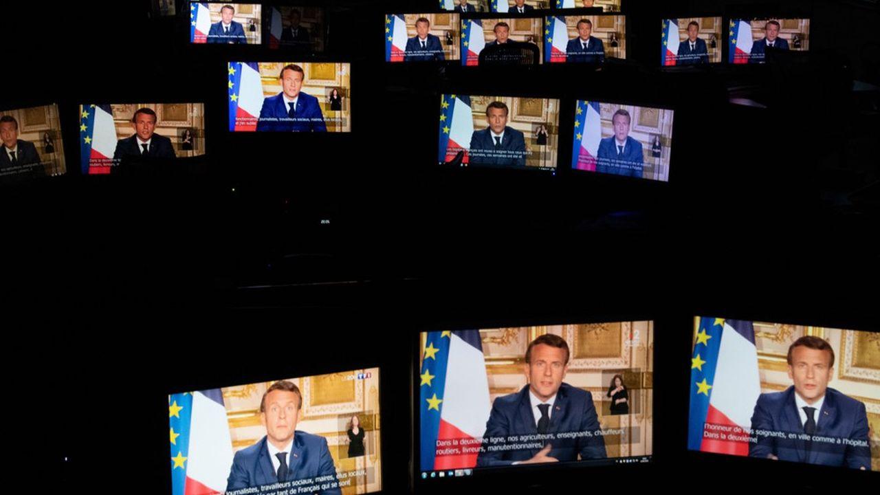 Le président de la République, lors de son allocution télévisée depuis l'Elysée, lundi soir.