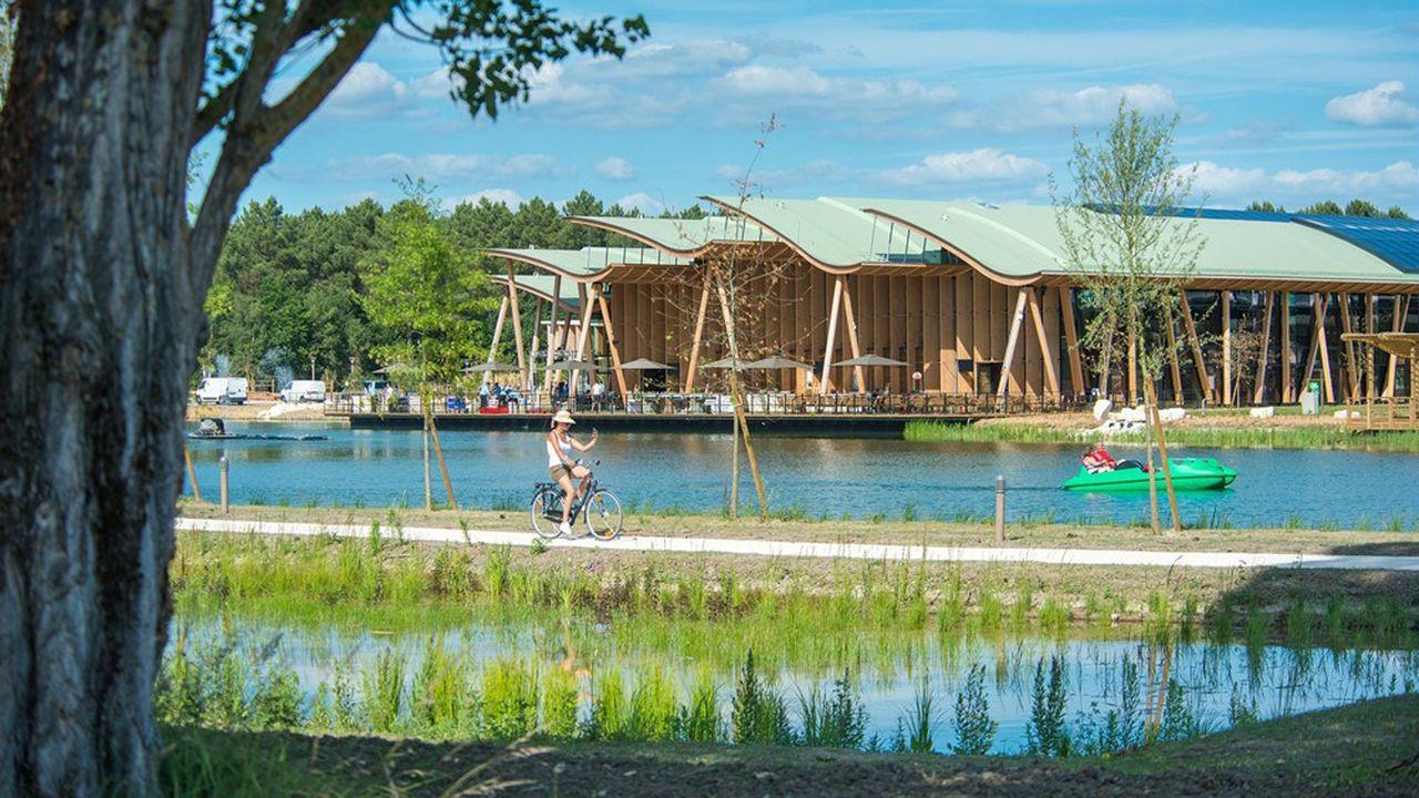Pour Groupe Pierre & Vacances Center Parcs, ses villages Center Parcs constituent une boîte à outils pour préparer la reprise de son activité, avec, entre autres, leur complexe aquatique couvert et leur restauration. Autant de lieux dont la réouverture impliquerait de nouvelles procédures.