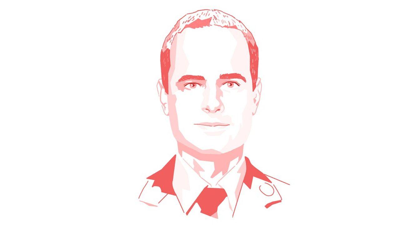 Clément Derkenne est médecin généraliste et urgentiste à la Brigade des sapeurs pompiers de Paris