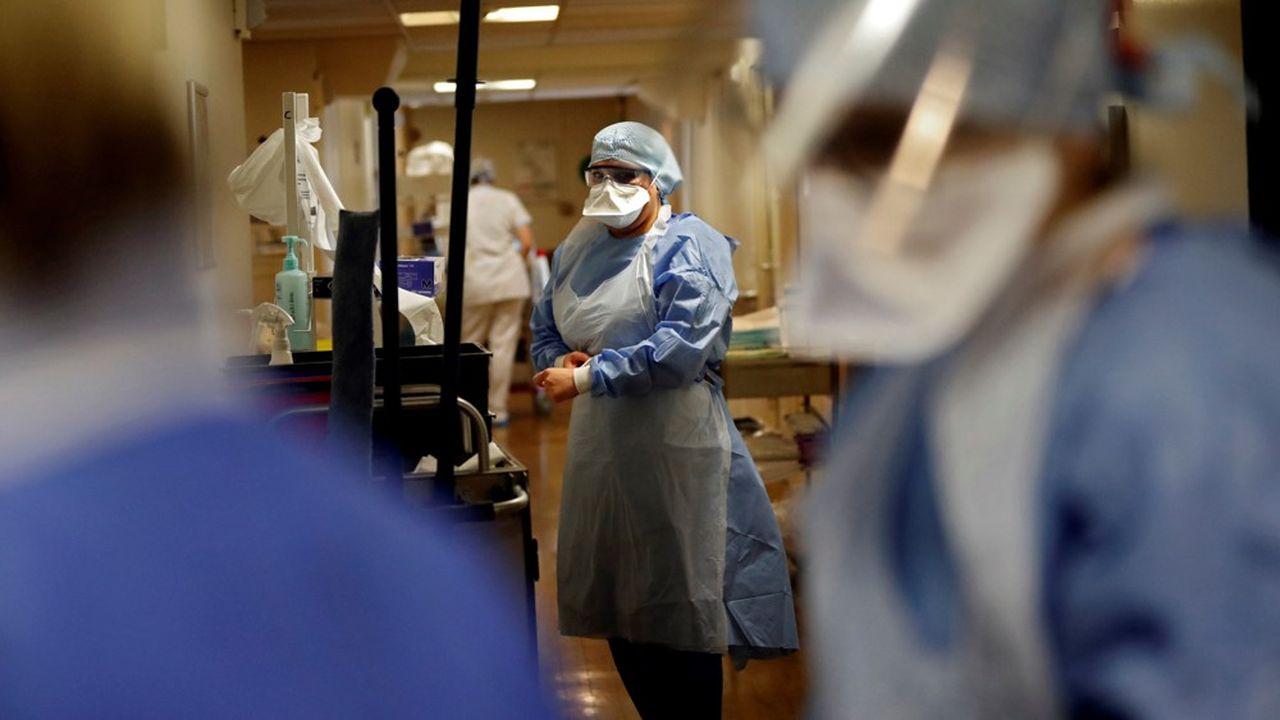 Les soignants toucheront une prime et auront droit à des heures supplémentaires majorées défiscalisées.