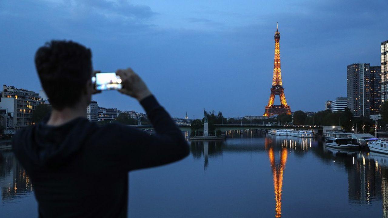 Selon Juniper Research, les revenus du «roaming» (frais d'itinérance) rapportent environ 51milliards de dollars chaque année aux opérateurs télécoms du monde entier.