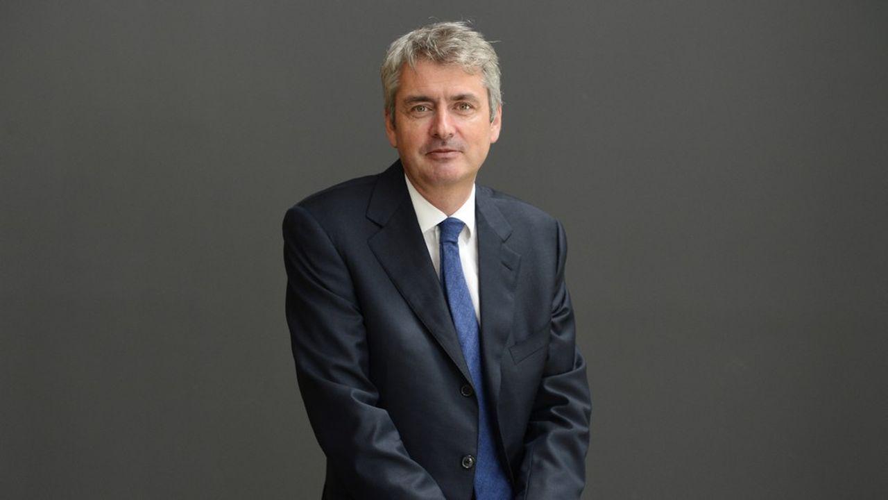 Emmanuel Besnier a pris la tête du groupe Lactalis en 2000 à l'âge de trente ans. Il en a quintuplé le chiffre d'affaires et en a fait le numéro un mondial.
