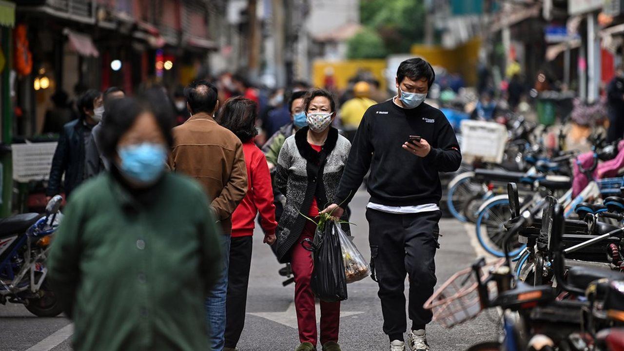 A Wuhan, berceau de l'épidémie, le coronavirus a officiellement fait 3.869 morts.