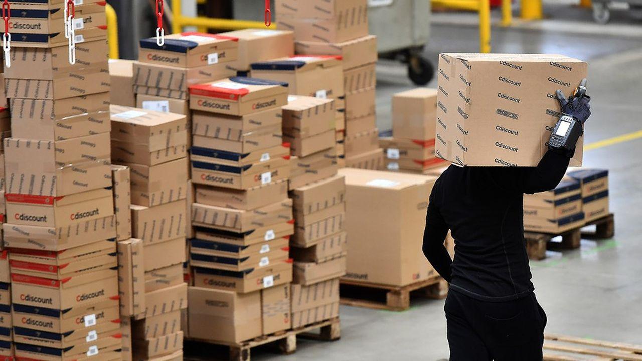 Un transfert massif de commandes a été opéré pour livrer plus rapidement les clients, notamment afin de répondre à des besoins urgents ou des produits de première nécessité, explique Cdiscount.