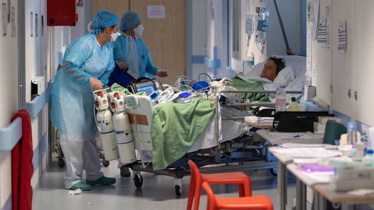 Un tiers des patients en réanimation ont moins de 60 ans.