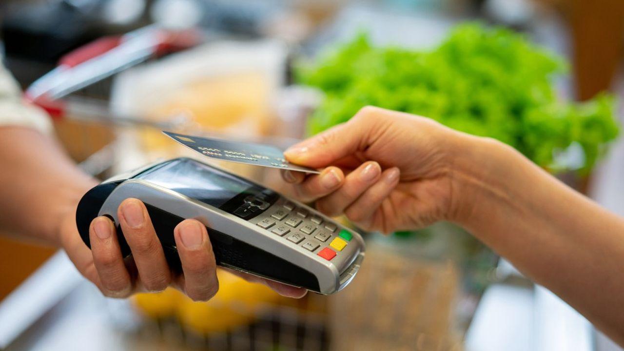 L'utilisation du sans contact a fortement progressé dans les pharmacies et les boulangeries