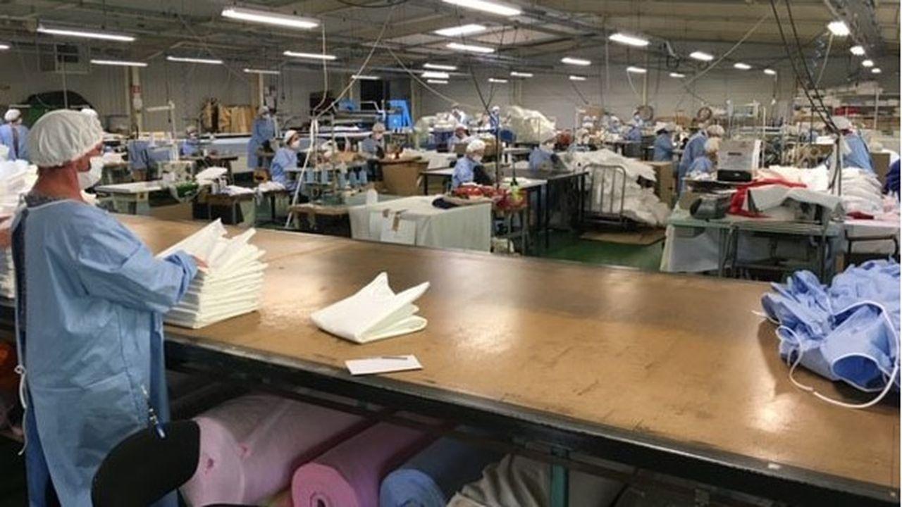 « Nous atteindrons bientôt notre objectif de 10.000 blouses et 100.000 masques par semaine », affirme Riadh Bouaziz, le dirigeant fondateur de RKF Luxury Linen.
