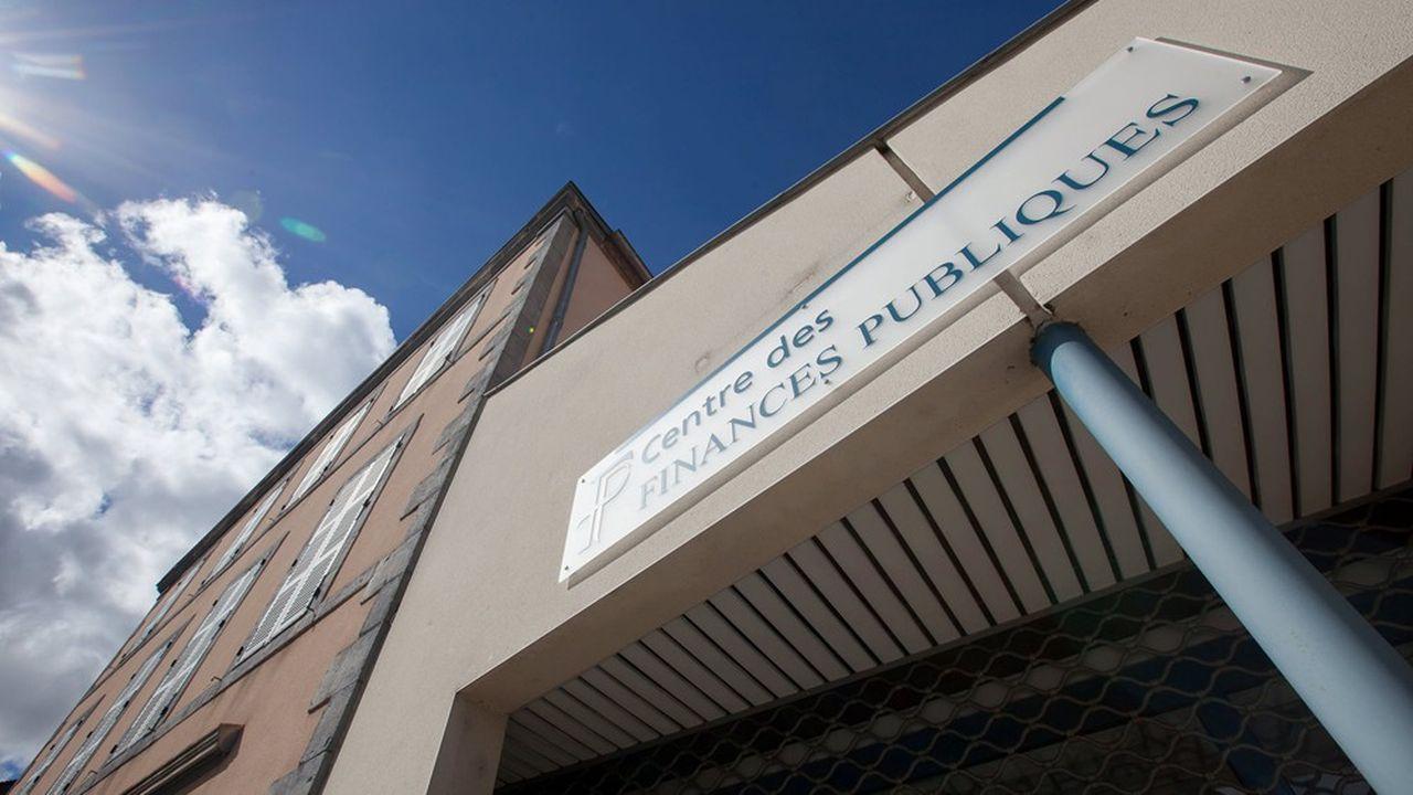 Les centres des impôts restent fermés durant le confinement.