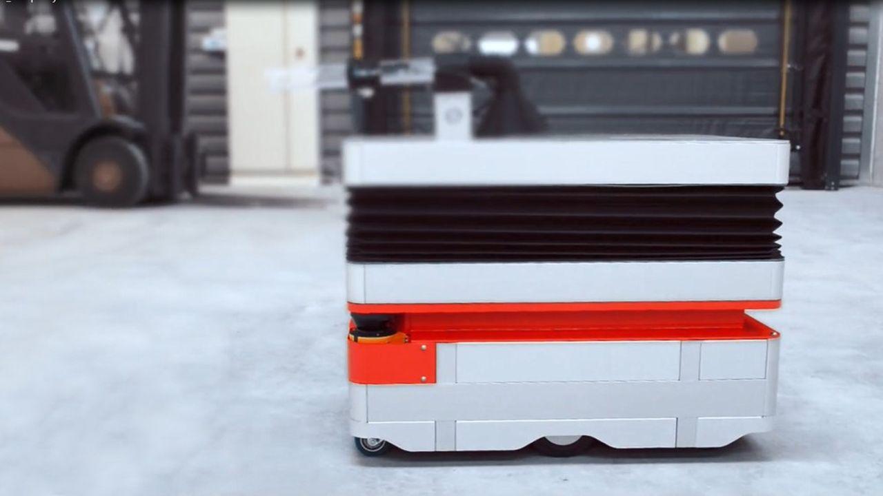 Le robot nettoyeur peut intervenir de façon autonome pour nettoyer des ateliers, des grandes surfaces ou des couloirs d'hôpitaux, fait valoir Hellomoov'.
