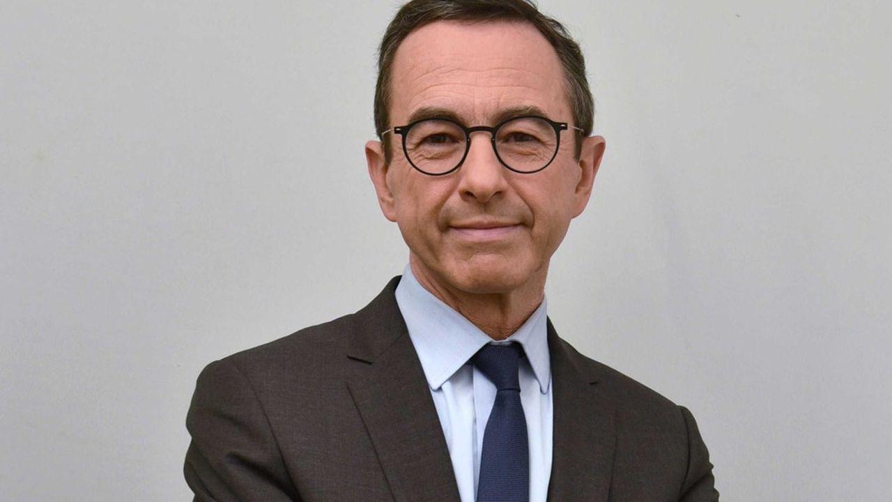 Elu de la Vendée, Bruno Retailleau est le chef de file des sénateurs LR, principale force politique de la Chambre Haute.