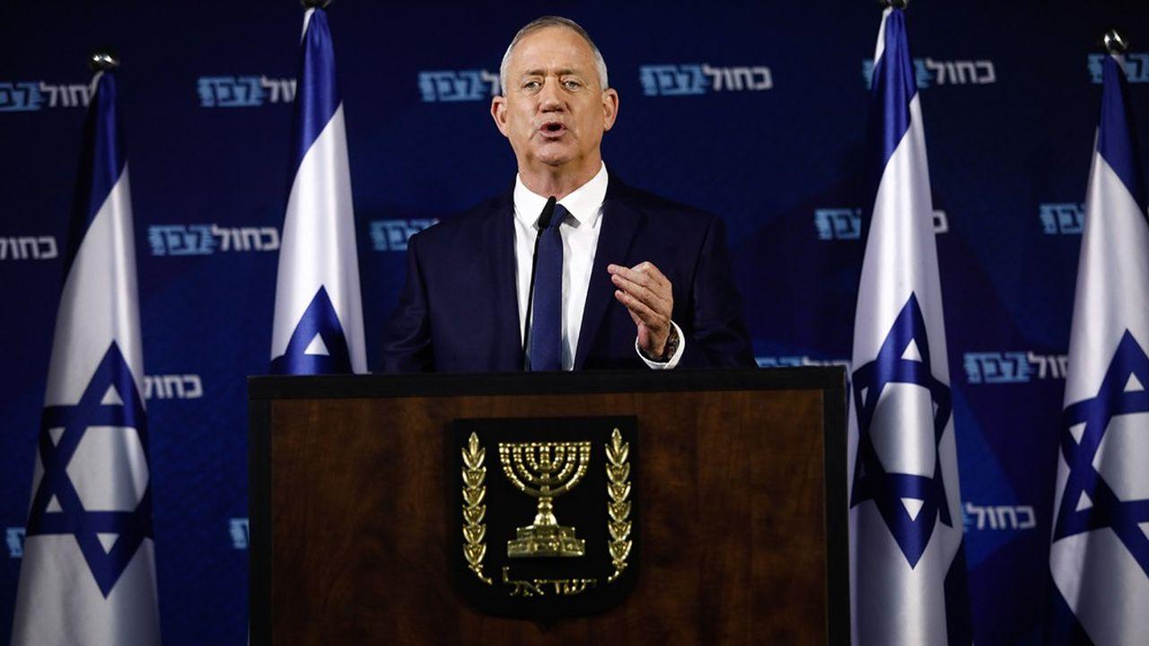 Le leader du parti Bleu et Blanc a fini par trouver un accord avec le Premier ministre sortant Benjamin Netanyahou pour former un gouvernement.