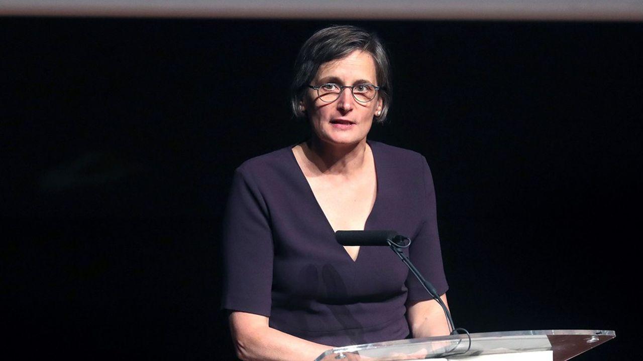 Pour Corinne Le Quéré, la présidente du Haut Conseil pour le climat, il ne faut pas réitérer l'erreur commise après la crise de 2008 : le peu de cas fait à l'urgence climatique dans le plan de relance de l'activité s'était traduit par une reprise des émissions de CO2.