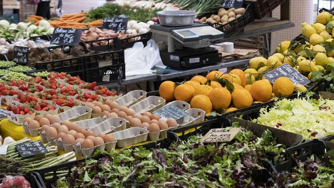Pour le bio, la hausse est encore plus drastique, soit 12%, contre 6% pour les produits issus de l'agriculture dite conventionnelle.