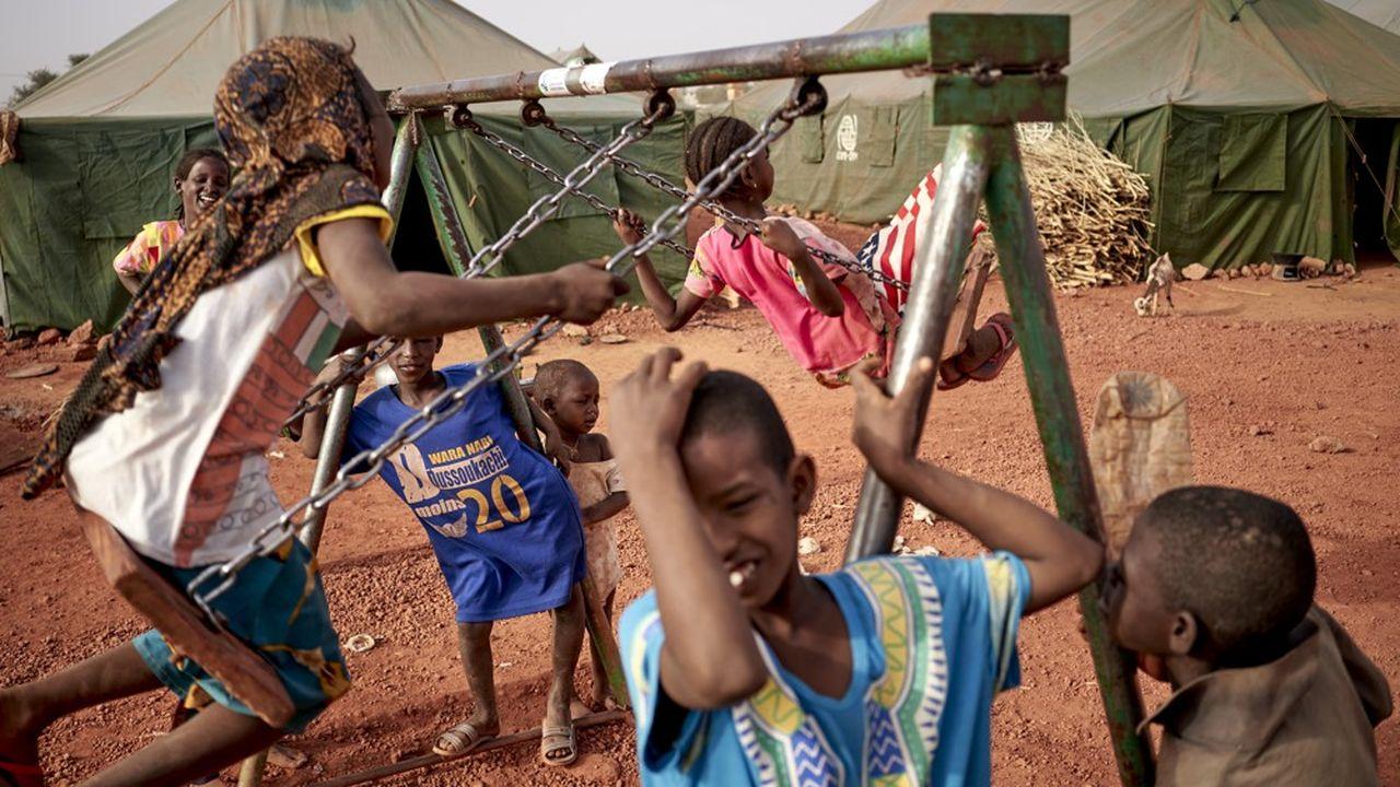 Avec environ 150millions d'enfants de moins de 5ans, ce sont au moins 450.000décès supplémentaires que l'on peut attendre de la crise économique mondiale issue du Covid-19 en Afrique.