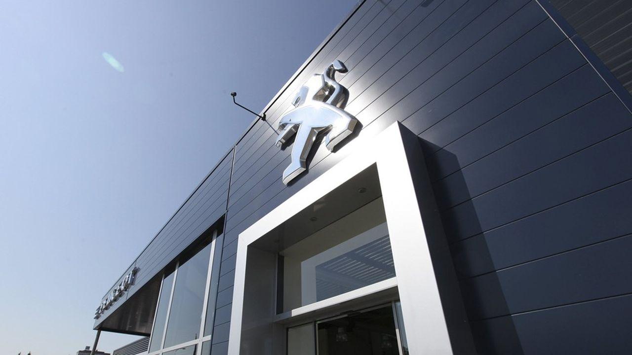 Avec le nouveau Peugeot Store, toutes les étapes de l'achat d'une voiture de la marque peuvent être effectuées en ligne. Le client n'a ensuite plus qu'à choisir le concessionnaire où il retirera son véhicule.
