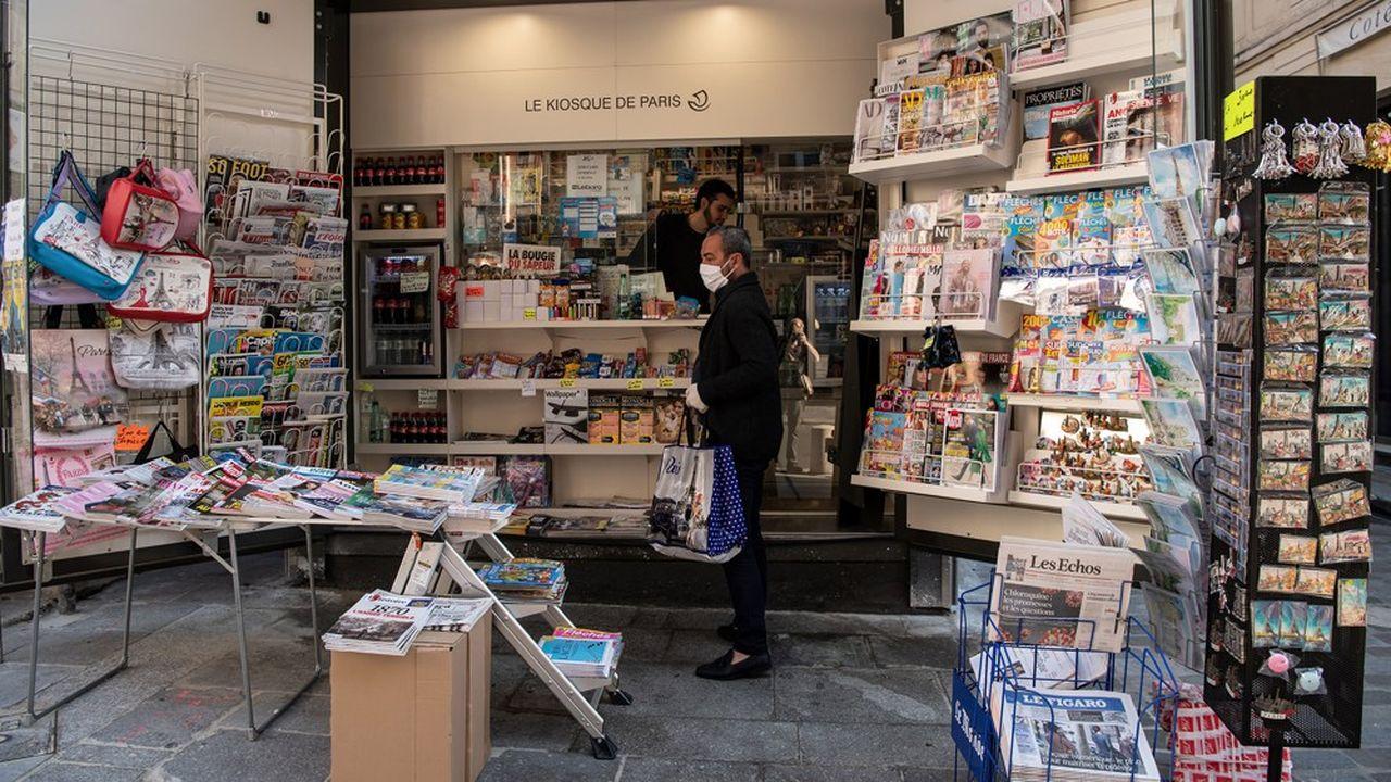 Les ventes de journaux ont souffert de la fermeture des points de vente et de la moindre affluence dans les rues.