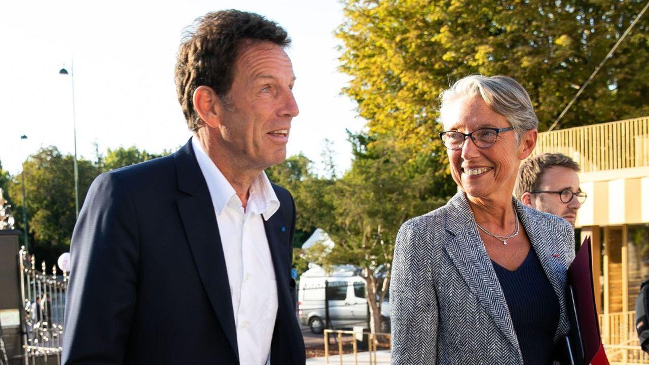 Geoffroy Roux de Bézieux a fait parvenir début avril un courrier à Elisabeth Borne pour demander un moratoire sur des mesures environnementales.